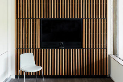 acoustic modular wood blades sound absorption ecoustic timber panel television white chair western red cedar