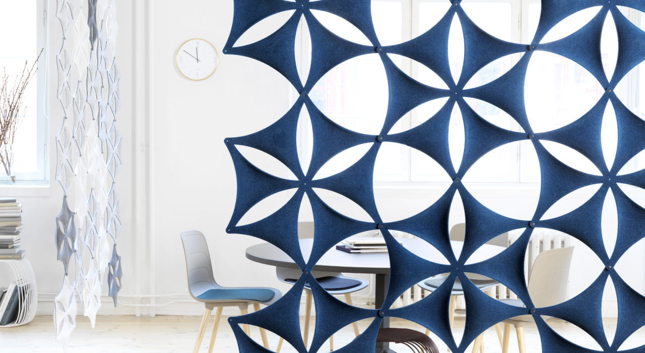 Installation featuring acoustic tile Airflake hanging blue white sound absorbing