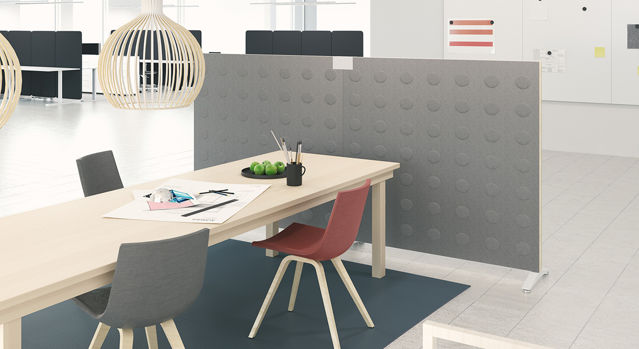 Installation featuring Doremi Screen standing floor screen workspace office desk table chairs grey sound absorbing partition