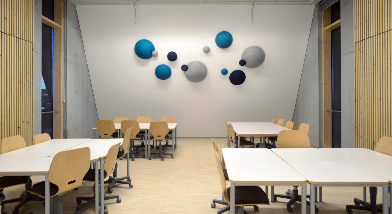 example of room with kula cluster acoustic panel
