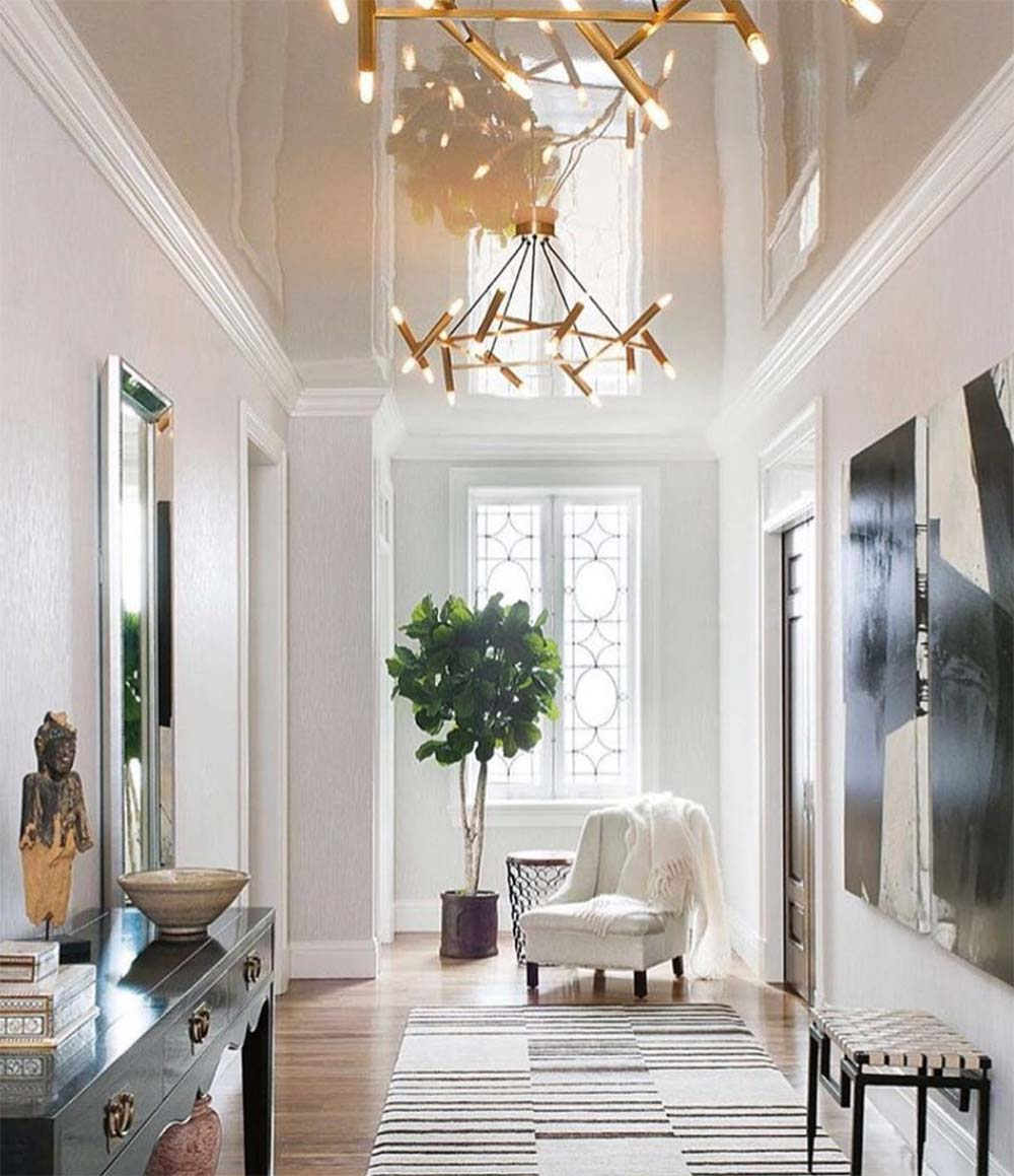 high gloss ceiling in a hallway