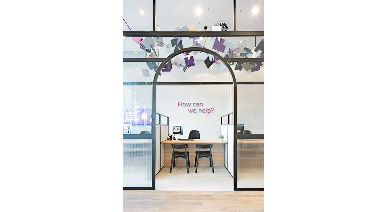ecoustic-float-installation-on-ceiling-at-bank-glass-walls-hanging-over-desk